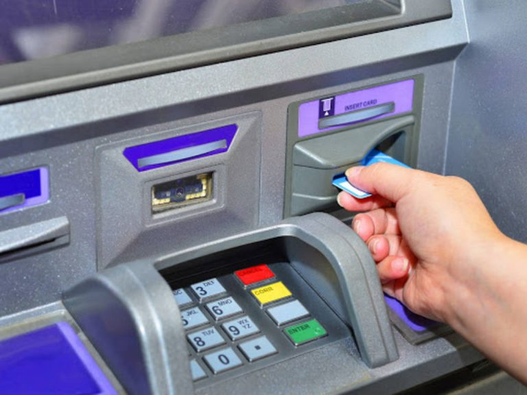 You will be soon able to withdraw money from ATMs via your smartphones: Here's how